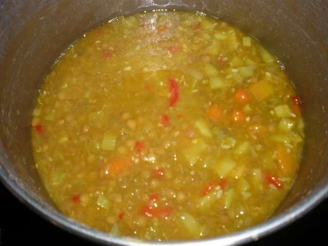 d4i6 - Lentejas  con gofio de millo