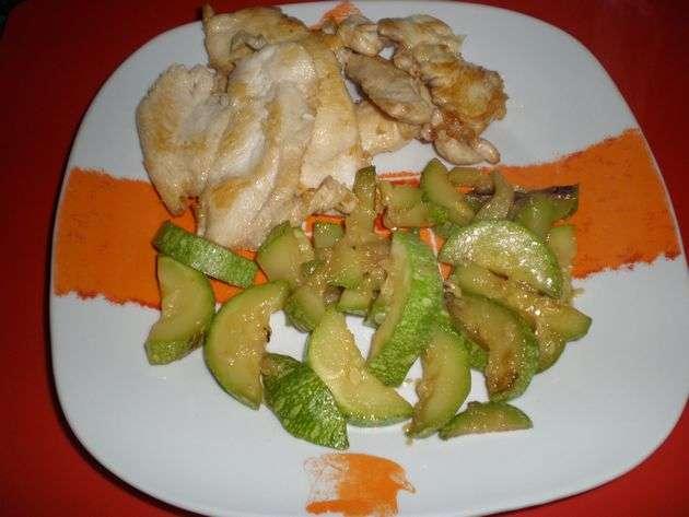emplatado - ▷ Filetes de pollo en baño de aceite de maíz  